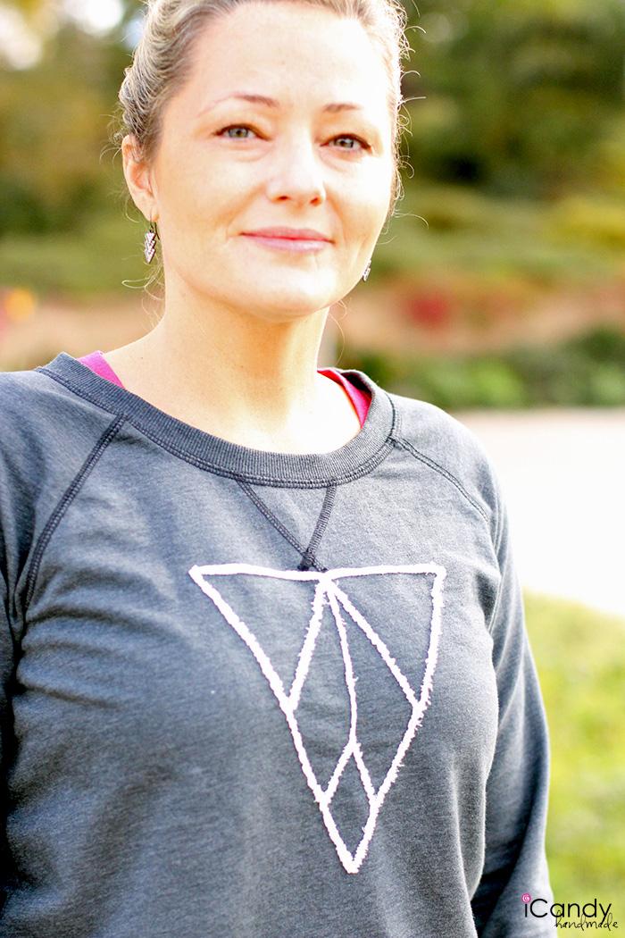 Frayed Appliqued Sweatshirt Med
