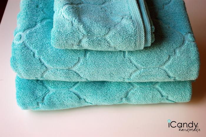hooded towel a copy