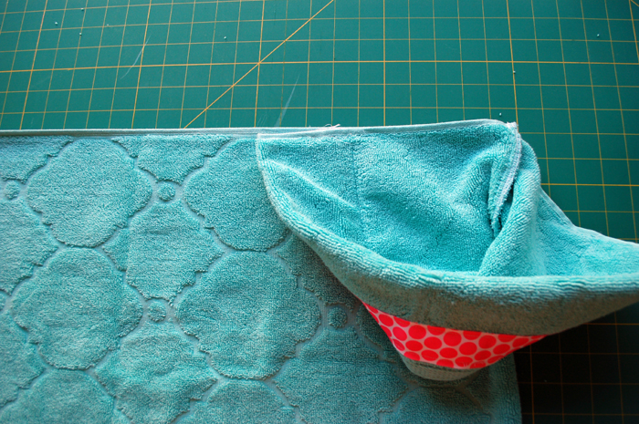 hooded towel o1