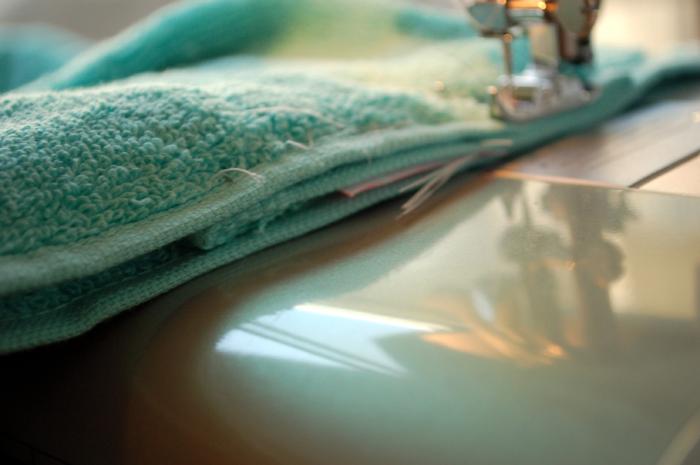 hooded towel q