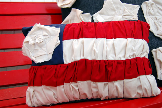 DIY Ruched Flag Pillow