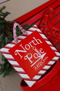 DIY Knock-off North Pole Sign